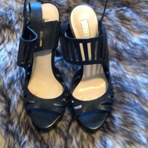 Guess black open toe heel